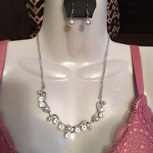Jewelry - Silver & Rhinestone Jewelry Set